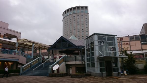 本日は新浦安駅に立ちました。